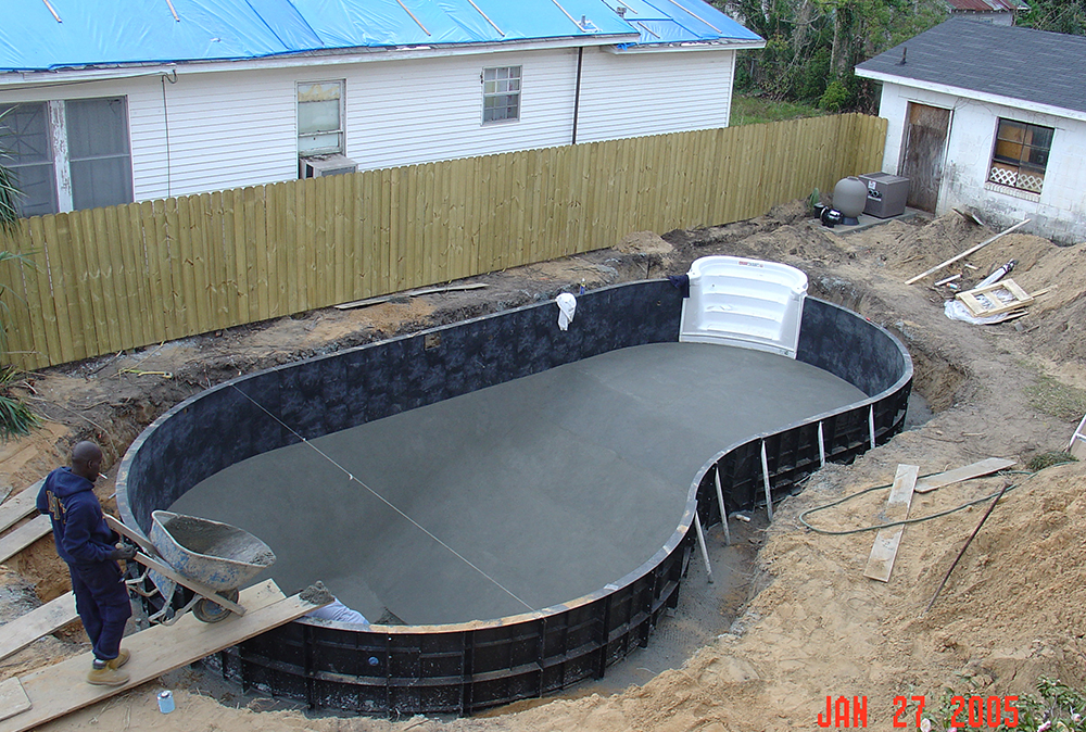 Swimming pool construction in Pensacola, FL